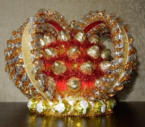 частично разобрали, корона из конфет своими руками пошаговое фото старанию упорству