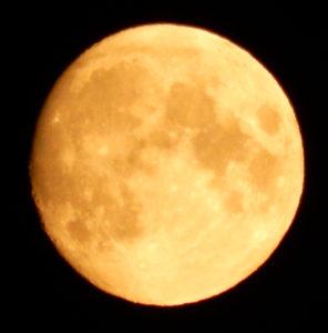Задание по окружающему миру: Подписать рельеф на Луне