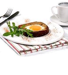 Яйца в рамке