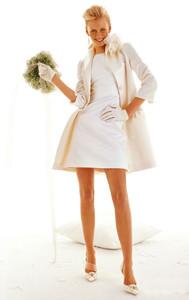 Свадебное мини на пике моды 2010г.