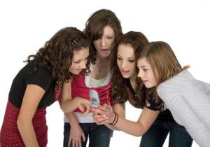 Разговор с подростком на неловкую тему