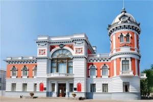 Технология (4 класс)- о людях каких профессий можно узнать в краеведческом музее вашего города, края?
